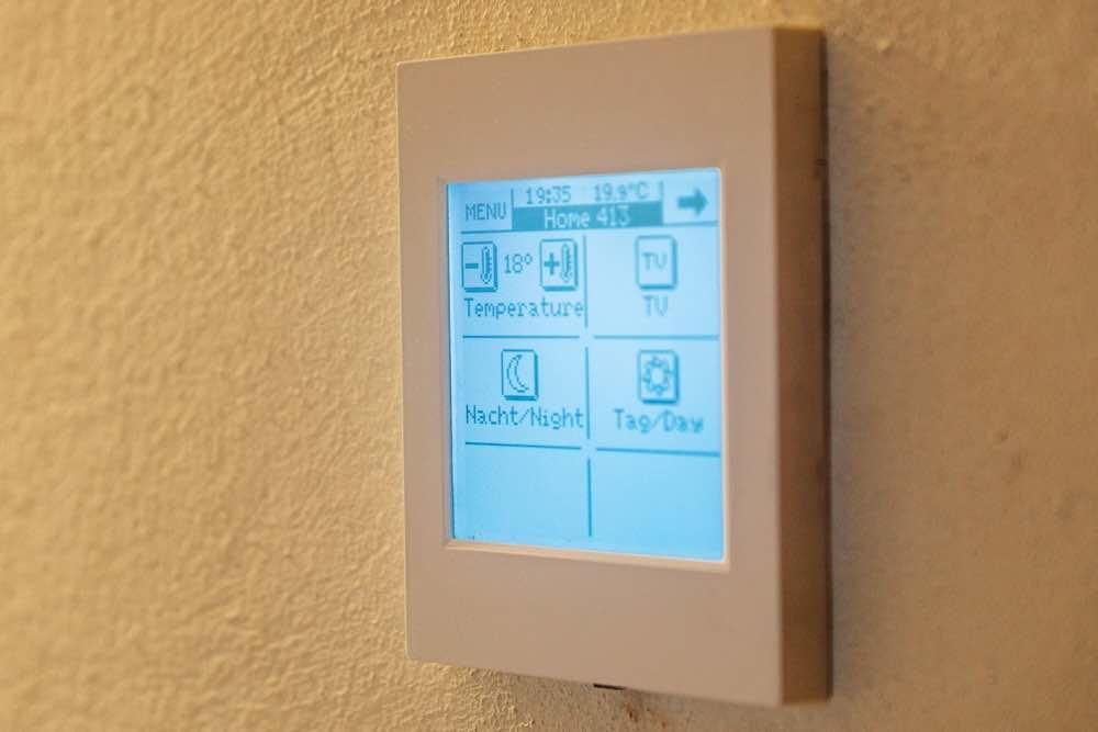 Touch-Panel Klein & Fein Zimmer
