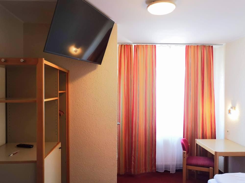 standardzimmer-hotel-in-koblenz 2